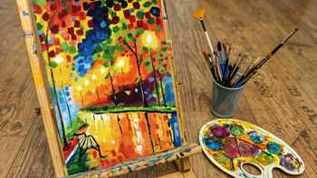 Enjoy a night of painting and sipping wine at Honey Creek Resort's Wine & Canvas event